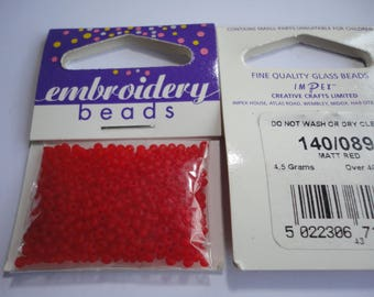 seed fine embroidery (089) 2mm matte red
