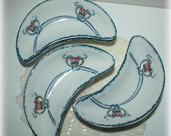Set of 6 Woods and Sons Bone Dishes with Red Tulip and Blue Stems