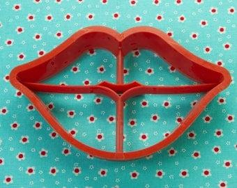 1984 Hallmark Red Lips Plastic Valentines Day Cookie Cutter USA