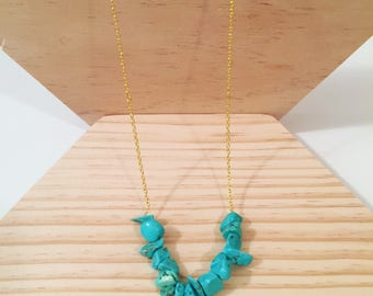 Gold chain necklace with turquoise chips