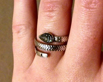 Awesome Vintage Adjustable Snake Ring, Sterling Silver, With Abalone Shell Head