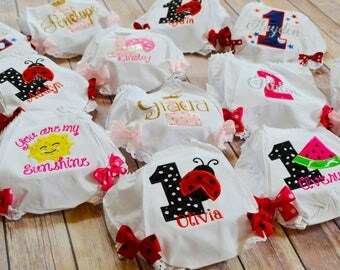 Personalized Baby BLOOMERS,1st Birthday Bloomers,Baby Girl Bloomers,I'm ONE bloomer,1st Birthday Outfit,cake smash,butterfly birthday outfit