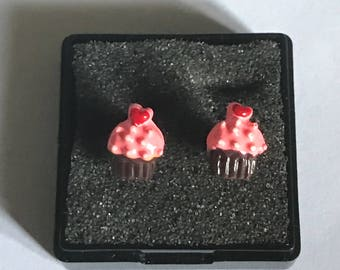 Adorable Kids Chocolate Cupcakes With Pink Icing Stud Earrings