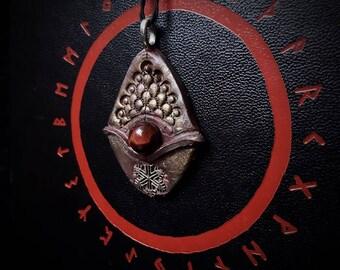 Earthborn Bulls Eye Pendant / Crystal Pendant / Crystal Jewelry / Handmade / Unique / Pagan / Heathen / Amulet / Nordic / Necklace