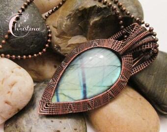 Oxidized Copper Wire Woven & Blue Full Flash Labradorite Pendant