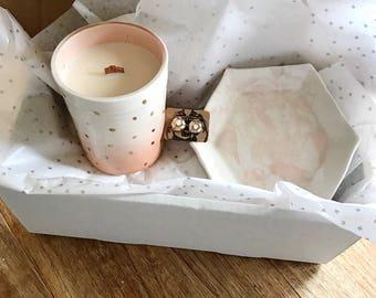 Lover's Valentine Gift Box.