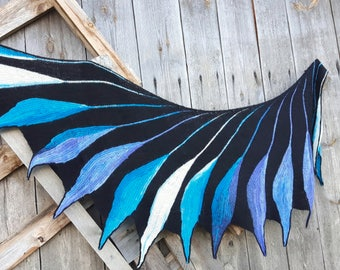 Hand knit shawl wing shape,Wearable Art Wrap. Unique Gift,Hand Knitted Wingspan,Women's Accessory,shawl Wingspan Dreambird