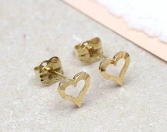 9ct Gold Open Heart Stud Earrings