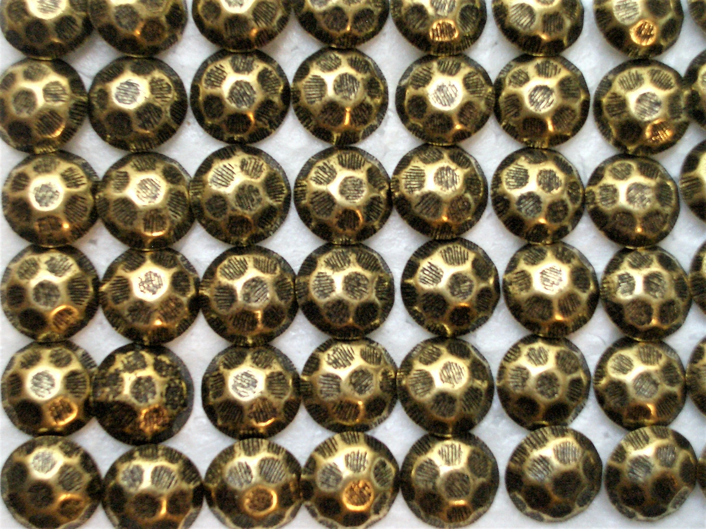 100 Antique Brass Upholstery Tacks Nails Hammered Finish 7 16 Round Head