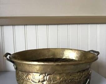 Vintage brass planter. Nice patina. Lovely detail.