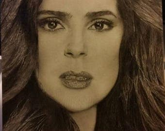 Salma Hayek, Graphite drawing pencils