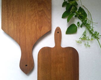 Vintage Wood Cutting Boards . Antique Cutting Boards . Vintage Kitchen Decor . Farmhouse Style . Rustic Cabin . Cookware .