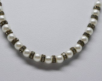 Lovely silver tone beaded necklace