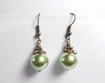 Round glass pearl earrings, shell and bronze