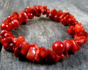 Red Bracelet, Red Coral Bracelet, Gemstone Chips Bracelet, Stretch Bracelet, Elastic Bracelet, Gift for Women, Gift for Her, Stone Jewelry