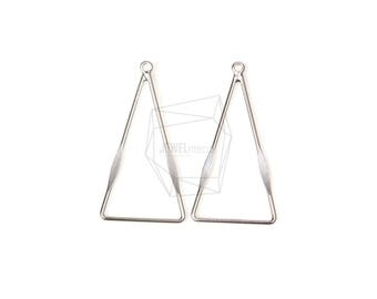 PDT-1187-MR/4Pcs-triangle  Pendant/ 19mm x 36mm/ Matte Rhodium Plated Over Brass