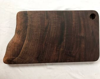 Live edge Walnut Cutting Board / Serving Board