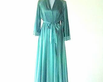 Vintage 60s 70s Lace Nylon Robe Best Selling Clothing