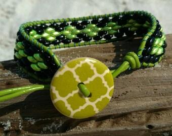 Gecko, green and black bracelet, leather bracelet, wrap bracelet, leather wrap bracelet, beaded bracelet,