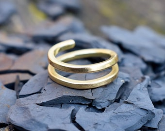Adjustable money ring // Minimalist style // Viking, Celtic, Scandinavian, Bronze age // 18ct gold twisted ingot ring // 10 grams