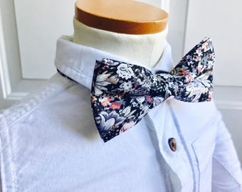 Balc and lilac bow tie,floral bowtie ,vintage bowtie, summer bow tie,spring bow tie,shabby chic bow tie,wedding bow tie, men bow tie,bowtie