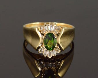 14k 1.00 CTW Peridot Diamond Halo Ring Gold