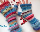 Women Size M Gloves Bohemian Fingerless Mittens Hand Knitted Cabled Romantic Striped Warm Accessories Feminine Wrist Warmers Winter Arm 1231