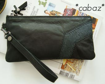 Smartphone case pouch and bag way gray and black leather snake.