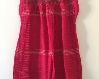 Tradicional Mexican raspberry with detail Blouse of Loom