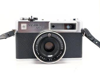 Yashica MG-1 - 45mm f/1.8 - Vintage 35mm Rangefinder Camera