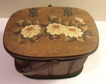Vintage Decoupage Daisy Design Wood Basket Purse 1970s