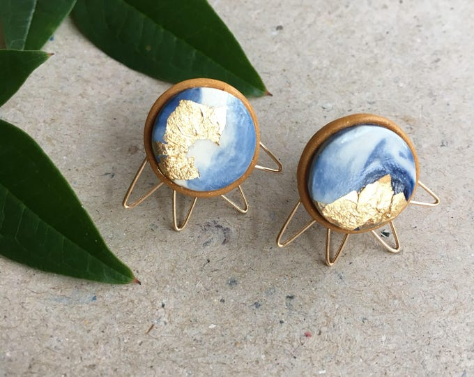 RAY STUD EARRINGS// Handmade marble polymer clay studs// white and blue with gold foil & wire work trim