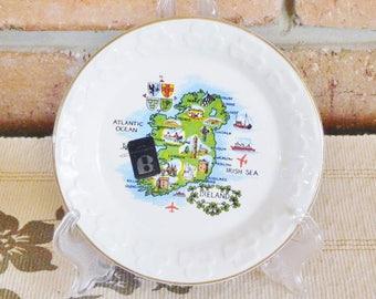 Carrigdhoun Pottery Irish souvenir ware pin, butter dish featuring map of Ireland, 1980s
