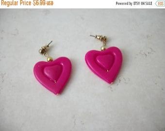 ON SALE Retro Hot Fuchsia Pink Two Hearts Plastic Earrings 62617