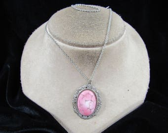 Vintage Silvertone Pink-White-Etched Silver Glass Stone Pendant Necklace