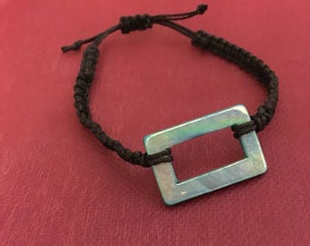 Bead accent bracelet
