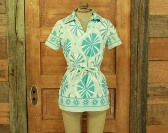 CLEARANCE vintage 1960s mod blue & white print blouse top belted S