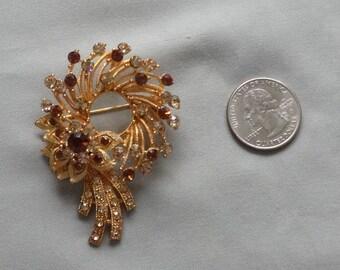 Vintage Topaz Rhinestone Gold Plated Wreath Brooch/Pin