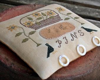 Sunflower Pin Pillow / Primitive cross stitch pattern / PDF