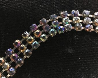 Multi colored jem-like metal snake link bracelet