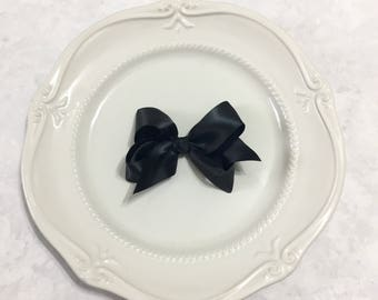 Black satin ribbon hair bow - Girls hairbow - Satin hair bow - Girls hair accessories - Black satin hair bow - Satin ribbon bow