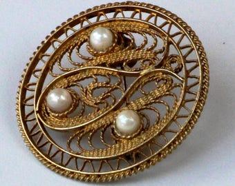 Vintage Filigree Brooch sterling silver gilded Pin with 3 Tahitian pearls.Filigree Gilded Brooch,Filigree Silver Gilt Pin,Vintage Filigree
