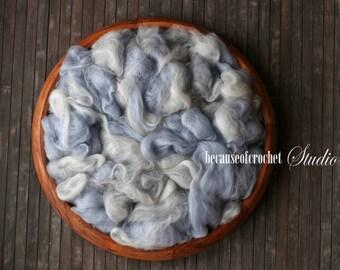 2,5 oz (70gr) Large Basket Stuffer filler. Australian extra fine Merino wool. Cute mix of colors. Newborn photo prop. Ready to ship