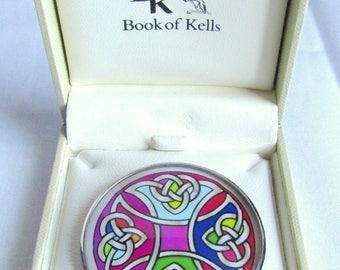 Gorgeous Ireland Tara Book of Kells Rhodium Plated Trinity Knot Pin w/ Box