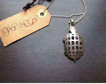 Spoonto handmade turtle pendant neckless from vintage spoon