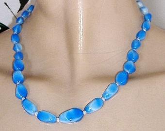 1950S BLUE GLASS NECKLACE