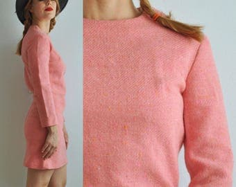 Vintage 70s Mod Pink Wool Mini Shift Dress // Long Sleeve // Lined // Twiggy Mad Men 60s