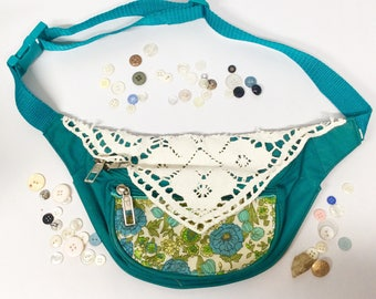 Vintage Floral Crochet Doily Fanny Pack, Bum Bag, Waist Purse