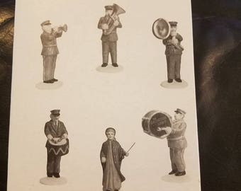 Dept . 56 Heritage  Village  Collection  Salvation  Army  Band  Set  Of  6 like New  #5985-4