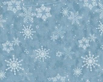 Creature Comforts - Per Yd - Clothworks - Barb Tourtillotte - Snowflakes on Lt Blue